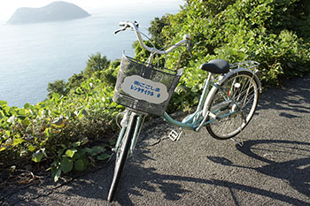 Rental bicycles allow you to explore Gogoshima freely (Gogoshima Island)