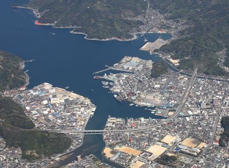 愛媛県庁/宇和島港(宇和島市)